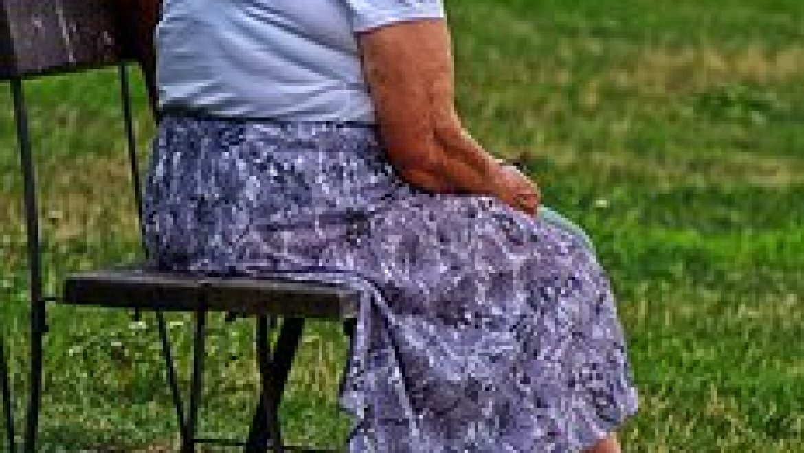 Substitution of sedentary time with light physical activity is related to increased bone density in U.S. women over 50 years old. An iso-temporal substitution analysis based on the National health and Nutrition Examination Survey